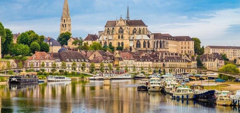 Auxerre, Vézelay, Chablis...   Studienreise im Nordwesten Burgunds