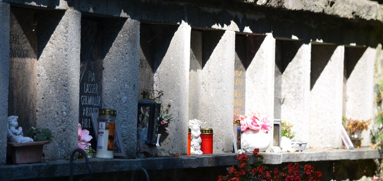 Ein Gang durch den Friedhof