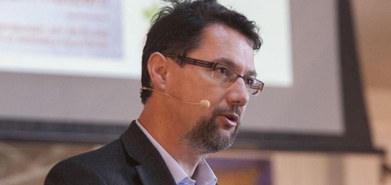 Neuer Bundesgeschäftsführer im Forum Katholischer Erwachsenenbildung