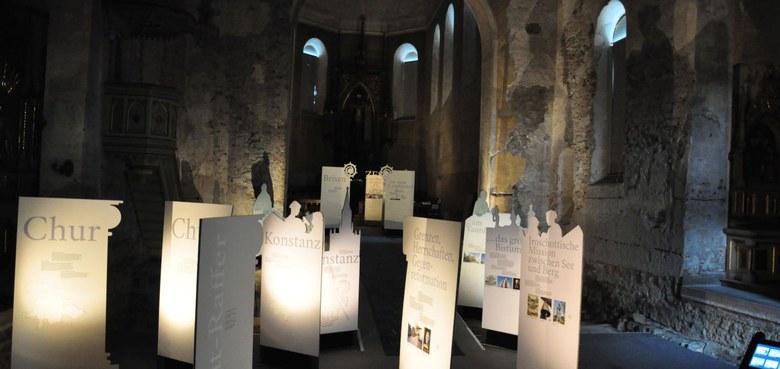 """Mit """"3 in 1"""" ins gemeinsame Jubiläum – Ausstellung, Buchpräsentation und Spirituelles in Feldkirch"""