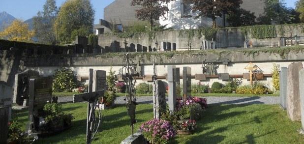 Gedenkfeier für die Verstorbenen in diesem Monat der vergangenen fünf Jahre